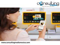 """SPEAKER MIGUEL BAIGTS. La estrategia de la marca de Kodak va destinada a revertir el avance que tienen los smartphones, como parte del plan de marketing para su app """"Kodak Moments"""", se mantendrá libre de publicidad y se compromete a resguardar la privacidad de los usuarios. Su modelo de negocio se enfoca a promover la impresión de las imágenes ofreciendo la posibilidad de enviarlas vía bluetooth directamente a una de sus impresoras. #miguelbaigts"""