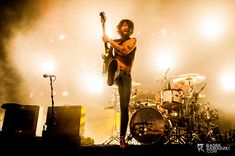 How To Create Great Concert Photography? Interview and Tips - Delicious Presets Concert Photography, Flash Photography, Photoshop Photography, Sharp Photo, Music Photographer, Photography Articles, Big Show, Guitar For Beginners, Rock Concert