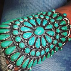 I absolutely need this. Turquoise is my life source.