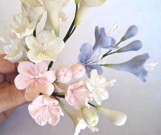 Stephanotis - gum paste filler flowers , sugar paste cake toppers, cake decoration
