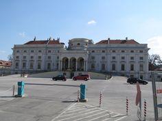 Palais Schwarzenberg / Schwarzenbergplatz - architects Johann Lucas von Hildebrandt and Johann Bernhard Fischer von Erlach, Vienna, Austria