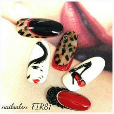 Glam Nails