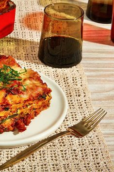 This faux lasagna Bolognese delivers all the comforting flavors of the Italian classic, thanks to layers of richly seasoned plant-based meat and a quickly simmered marinara. Cheesy spinach and tender zucchini pack in even more vegetables, which get an extra umami boost from plenty of parmesan. If you've never cooked with plant-based meat before, trust your instincts and your eyes; it browns as it cooks, just like ground beef. #bolognese #pasta #meatlessmonday Lasagna Bolognese, Crispy Fried Chicken, Trust Your Instincts, Food Spot, Best Comfort Food, Classic Italian, Meatless Monday, Ground Beef, Parmesan