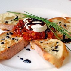 Rock Recipes -The Best Food & Photos from my St. John's, Newfoundland Kitchen.: Roasted Tomato Jam and Goat Cheese Bruschetta with Balsamic Reduction