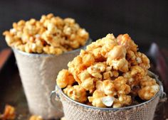 Try Butter Toffee Popcorn as an awesome snack and to give away for gifts. This is the perfect sweet and salty combination for popcorn. Try this Butter Toffee Popcorn today! Butter Toffee Popcorn Recipe, Flavored Popcorn, Crunch N Munch Recipe, Popcorn Flavours, Homemade Popcorn, Homemade Butter, Candy Recipes, Snack Recipes, Cooking Recipes