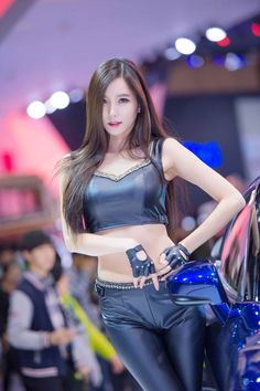 Best Sexy Moment of Lee Ji Min at the Seoul Motor Show 2015