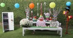 "Alice In Wonderland Inspired ""un-birthday"" Tea Party Printables"