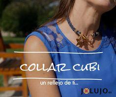 Collar Cubi en azul ceniza. www.jolujo.es
