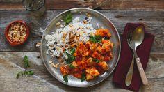 Zu Hühnchen passt eigentlich nichts Besser als aromatischer Reis. Diese arabische Variation wurde von einem Flüchtling aus Syrien kreiert. In seinem ...