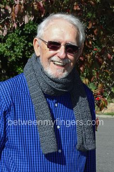 Easy crocheted scarf for men. Free Pattern