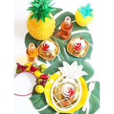Gold Pineapples plates, pineapple Honeycomb, Pineapple cups and fruit cupcake picks