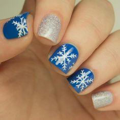 Nail Art How-to: Snowflake Design
