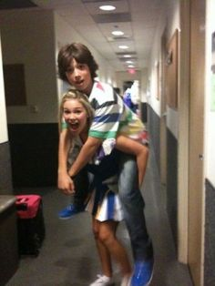 Leo Howard and Olivia Holt<3 They would make such a good couple, needs to happen on TV and in real life