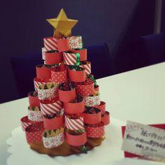 KasumiさんはInstagramを利用しています:「#クリスマスツリー #クリスマス #2016 #christmas #紙で作ろう #工作 #工作アート #紙 #紙工作 #ペーパークラフト #ペーパーアート #paperart #papercraft」