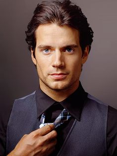 Man of Steel - Henry Cavill Superman that hoe! Lmao jp but damn he aint bad to look at!