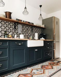on The cutest airbnb kitchenette in all the land. Boho Kitchen, Home Decor Kitchen, Interior Design Kitchen, Kitchen Furniture, New Kitchen, Home Kitchens, Small Kitchens, Kitchen Ideas, Cheap Furniture