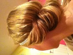 Did this for a party and used absolutely no bobby pins or clips. So proud.