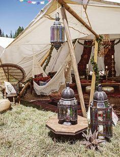 A Festival Wedding i
