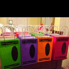 Diy crayon party favor bags- as the kids arrive I will put their names on the black oval with white out pen Crayon Birthday Parties, Art Birthday, First Birthday Parties, Birthday Party Themes, Birthday Ideas, Birthday Board, Birthday Bulletin, Back To School Party, School Parties