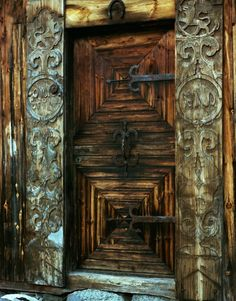 Door from the old farm Hovda. Numedal. Norway Photo Gunn Heiberg
