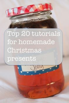 Top 20 tutorials for homemade Christmas presents: it's time to get started for Christmas presents! #christmas #homemadechristmas #christmaspresents