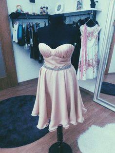 Rochie pe comanda din voal cu bustiera. Strapless Dress, Dresses, Fashion, Vestidos, Moda, Strapless Gown, Fashion Styles, The Dress, Fasion