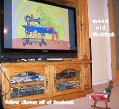 adventures of clinton elf on facebook