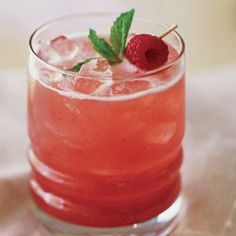Raspberry Mint Cooler - Hmm. Want to try seltzer or tonic instead of water to make it a little fizzy.
