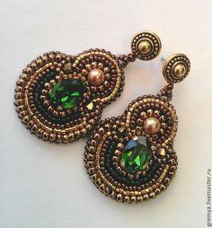 Серьги Изумрудные грани - зеленый,жемчуг Сваровски,золотой бисер 24к,серьги ручной работы
