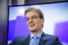 Ensi vuonna astuu voimaan direktiivi, joka järisyttää pankkialaa. Nordean maajohtaja Ari Kaperi arvioi pankkipalvelujen käytön jopa lisääntyvän tulevaisuudessa.