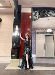 Outfit iu in hotel del luna Girl Celebrities, Korean Celebrities, Dress Outfits, Dress Up, Fashion Outfits, Luna Fashion, Baby Clothes Brands, Looks Chic, K Pop