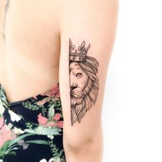 Ideas Of Meaningful And Great Tattoos For Girls Mini Tattoos, Leo Tattoos, Zodiac Tattoos, Couple Tattoos, Future Tattoos, Body Art Tattoos, Small Tattoos, Tattos, Feminine Tattoos