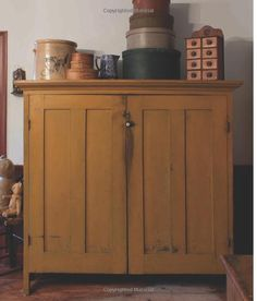 Early American Country Homes: A Return to Simpler Living: Tim Tanner… Primitive Cabinets, Primitive Furniture, Country Furniture, American Decor, American Country, Early American, Prim Decor, Country Decor, Primitive Decor
