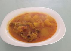 Patatas Guisadas, Cheeseburger Chowder, Thai Red Curry, Soup, Cooking, Ethnic Recipes, Lentils, Salads, Recipes
