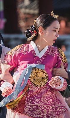 Kim Joong Hyun, Jung Hyun, Kim Jung, Korean Drama Best, Korean Drama Movies, Korean Traditional Dress, Traditional Dresses, Best Kdrama, Kim Sohyun