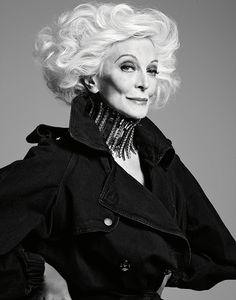 Carmen Dell'Orefice by David Roemer Carmen Dell'orefice, 50 Y Fabuloso, Older Models, Mode Vintage, Aging Gracefully, Timeless Beauty, Older Women, Supermodels, Cool Girl