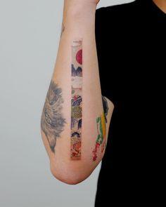 Sol tattoo studio on oriental frame studiobysol _ tattooist_eq studiobysol koreantattoo koreantattooshop colortattoo frametattoo Mini Tattoos, Love Tattoos, Beautiful Tattoos, Body Art Tattoos, New Tattoos, Small Tattoos, Small Dragon Tattoos, Cool Arm Tattoos, Piercing Tattoo