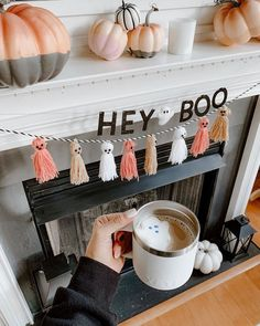 Having a tough week! Messy House, Sleepless nights with sick kids, terrible round ligament pain, Back… Halloween Home Decor, Halloween House, Fall Home Decor, Autumn Home, Holidays Halloween, Fall Halloween, Halloween Crafts, Halloween Decorations, Halloween Mantel