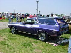 1971_Dodge_Challenger_Station_Wagon