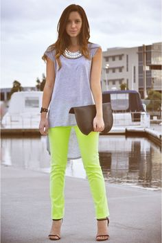 they call me mellow yellow. Lime Green Pants, Green Pants Outfit, Neon Pants, Look Fashion, Fashion Outfits, Ag Jeans, Skinny Jeans, Mellow Yellow, Neon Yellow
