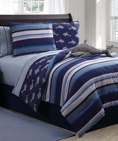 Shop for VCNY Shark Reversible Printed Patterned Twin-size Comforter Set. Get free delivery On EVERYTHING* Overstock - Your Online Kids Bedding Store! Full Size Comforter Sets, Kids Comforter Sets, Blue Comforter, Shark Bedroom, Nautical Bedroom, Teen Boy Bedding, Bed In A Bag, Victoria, Decoration