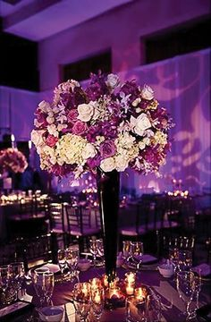 Wedding Centerpiece.  Flowers of Charlotte loves this! Find us at www.charlotteweddingflorist.com