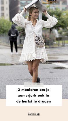 White dress | summer dress | fall | look of the day | rain | boots | bag | girl | woman | 3 manieren om je zomerjurk ook in de herfst te dragen