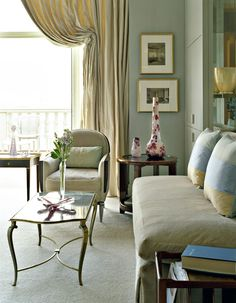 Perfect Vignette for Studio Apartment. Just toss two beautiful throw pillows on bed (see right)