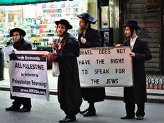 Orthodox Jews protesting against Israel's treatment of Palestine Israel Palestine, Palestine Quotes, Faith In Humanity Restored, History Facts, Weird Facts, Good People, Inspire Me, Politics, How To Plan