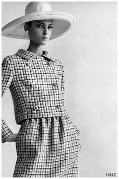 Benedetta Barzini Vogue 1965 Gianni Penati