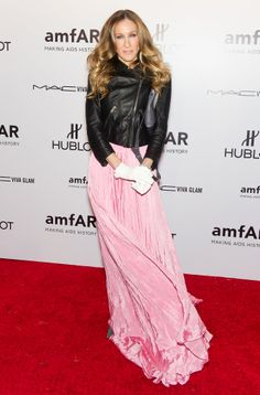 SJP fused trends in a fluttering pink Oscar de la Renta gown, Theyskens' Theory leather motorcycle jacket, and white gloves