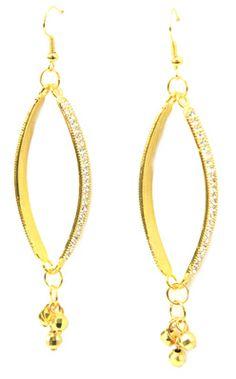Aretes dorados  / Joyería / Moda femenina / Accesorios para mujer