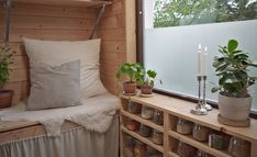Compact living & kvadratsmarta tips – Sandra Junhammar Compact Living, Decor, Simple Living, Tiny House, Entryway Bench, Furniture, House, Home Decor, Entryway