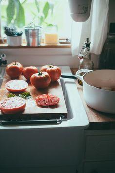 tomato, kitchen